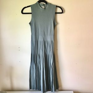 H&M sage green midi pleated dress sleeveless